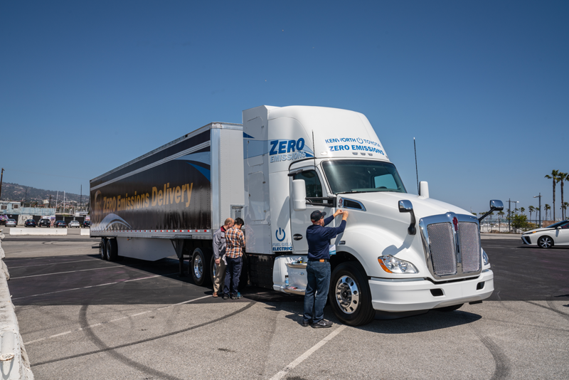 zero-emission truck at port of LA